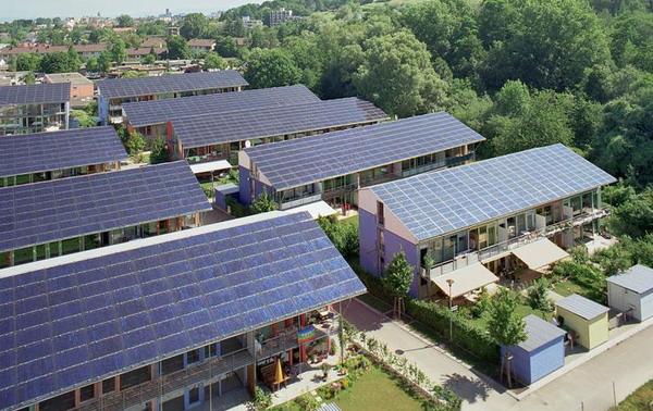 https: img-z.okeinfo.net content 2019 02 19 320 2020006 kelebihan-daya-konsumen-bisa-jual-listrik-panel-surya-ke-pln-DsJyFQc6Lt.jpg