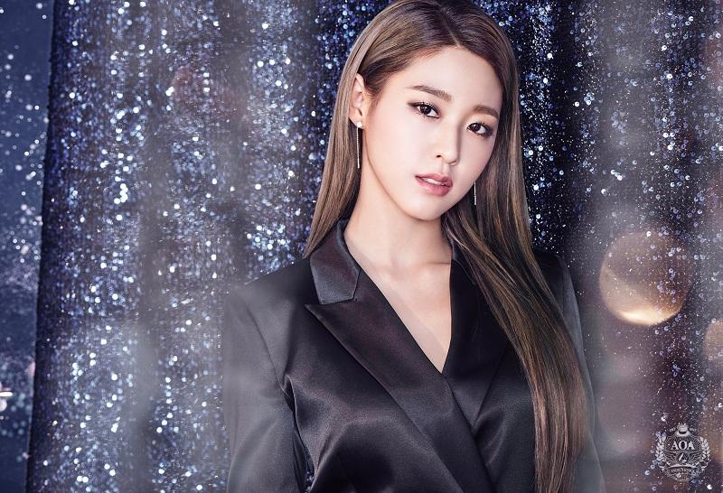https: img-z.okeinfo.net content 2019 02 20 598 2020573 susul-yang-se-jong-dan-woo-do-hwan-seolhyun-aoa-bintangi-my-country-BsgUc5HrAW.jpg