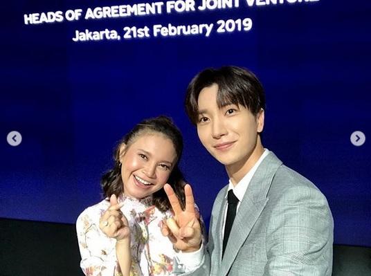 https: img-z.okeinfo.net content 2019 02 21 205 2021036 gabung-sm-entertainment-rossa-kolaborasi-dengan-super-junior-4B6dnxTMgc.jpg
