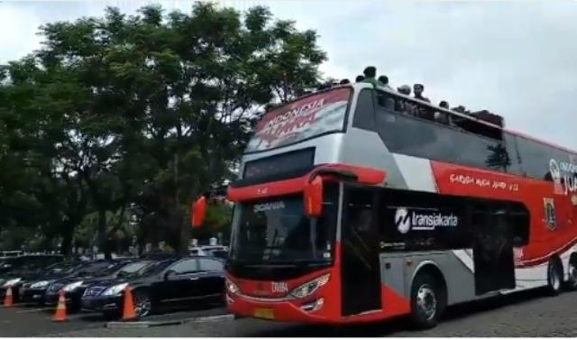 https: img-z.okeinfo.net content 2019 02 28 338 2023848 pemprov-dki-pinjamkan-bus-double-decker-untuk-konvoi-timnas-u-22-4XGZLxGDtS.jpeg