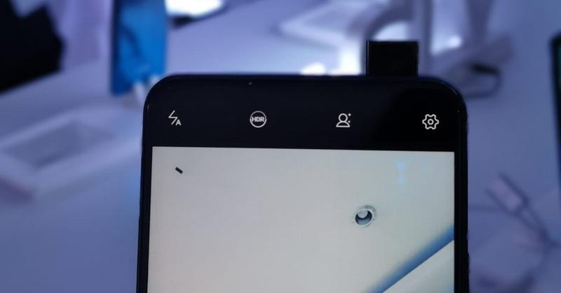 https: img-z.okeinfo.net content 2019 03 06 57 2026519 smartphone-dengan-fitur-kamera-pop-up-ringkih-benarkah-1lwZbeFzy1.jpg
