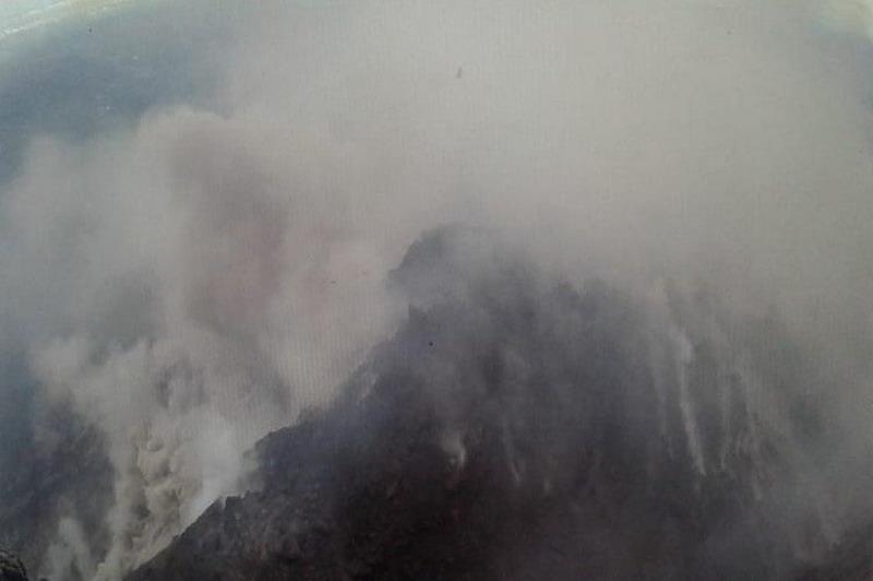 https: img-z.okeinfo.net content 2019 03 07 512 2027142 rentetan-aktivitas-merapi-2-kali-semburkan-awan-panas-dan-14-gempa-Zeglx8BWFn.jpg
