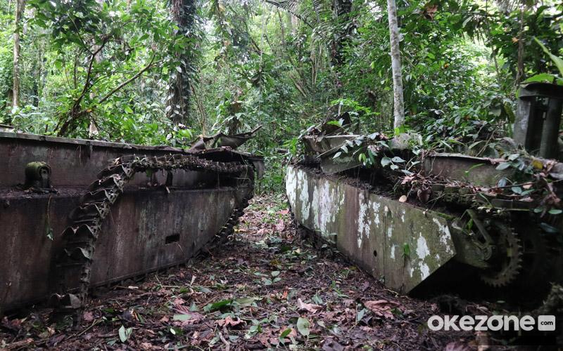 https: img-z.okeinfo.net content 2019 03 08 406 2027522 menyingkap-cerita-di-balik-tank-tank-sisa-perang-dunia-ii-di-papua-barat-GHqG8DvCRY.jpg