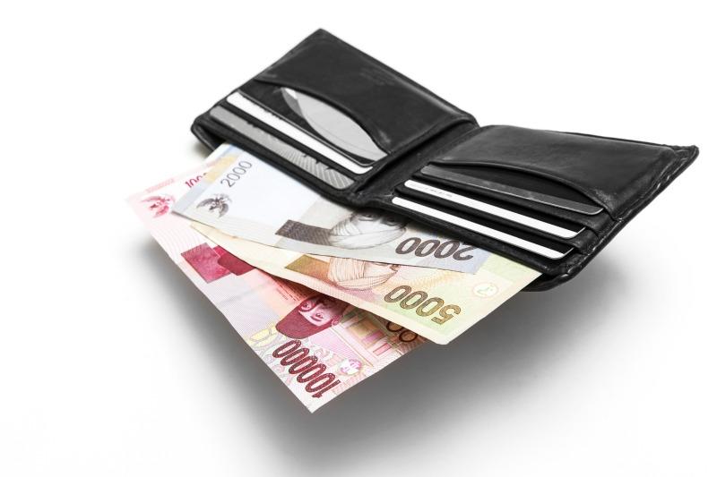 https: img-z.okeinfo.net content 2019 03 15 65 2030368 alasan-jasa-peminjaman-uang-untuk-mahasiswa-jadi-laris-UfrzlR2ilY.jpg