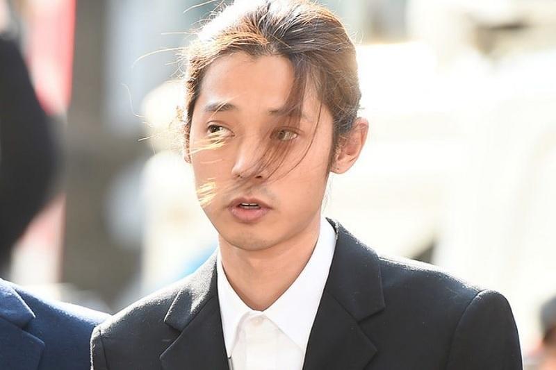 https: img-z.okeinfo.net content 2019 03 18 33 2031773 polisi-segera-urus-surat-penahanan-untuk-jung-joon-young-fzZIw7Yg6n.jpg