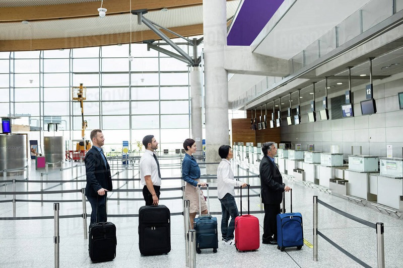 https: img-z.okeinfo.net content 2019 03 18 406 2031639 manfaatkan-fasilitas-bandara-kini-bisa-dari-aplikasi-traveloka-Va7WLqEvNn.jpg