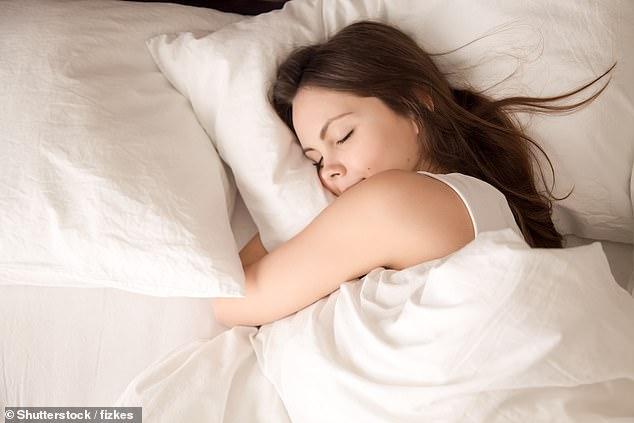 https: img-z.okeinfo.net content 2019 03 19 481 2032317 salah-bantal-itu-benar-ada-jenis-bantal-tergantung-posisi-tidur-anda-dX9JHlnpHW.jpg