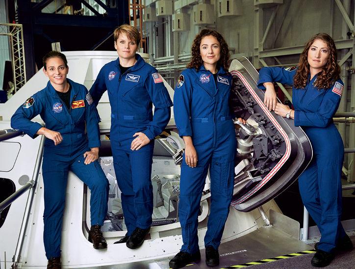 https: img-z.okeinfo.net content 2019 03 26 56 2035212 nasa-batal-kirim-astronot-wanita-gara-gara-pakaian-daSTggodDQ.jpg