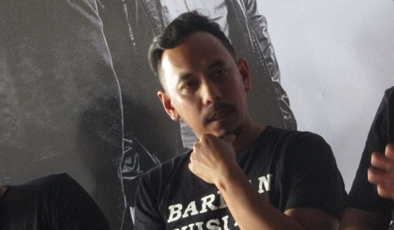 https: img-z.okeinfo.net content 2019 03 29 205 2036721 demi-anak-pongki-barata-manggung-lagi-bareng-jikustik-0rHbqzAUWM.jpg