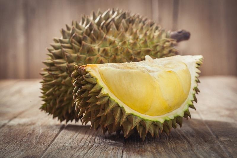 https: img-z.okeinfo.net content 2019 03 29 481 2036685 fakta-penelitian-durian-tidak-mengandung-kolesterol-dgm3gumy4O.jpg