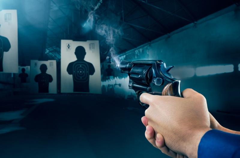 https: img-z.okeinfo.net content 2019 04 01 196 2037782 pacaran-12-tahun-dan-lamaran-cintanya-ditolak-polisi-ini-nekat-angkat-pistol-Rc9zzEOrc8.jpg