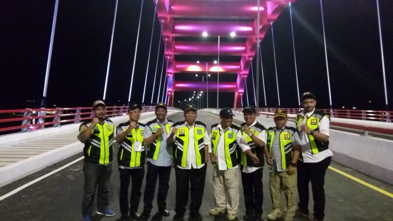 https: img-z.okeinfo.net content 2019 04 01 470 2037592 pembangunan-jembatan-holtekamp-papua-selesai-juli-2019-ZgFHTDgX3e.jpeg