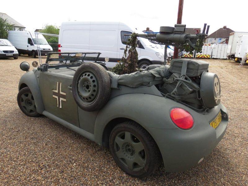 https: img-z.okeinfo.net content 2019 04 02 15 2038381 modifikasi-volkwagen-beetle-jadi-mobil-perang-0GuM2vGLh4.jpg