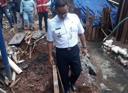https: img-z.okeinfo.net content 2019 04 04 338 2038886 anies-adhi-karya-harus-tanggung-jawab-atas-banjir-di-proyek-lrt-VBs20Nevrp.jpg