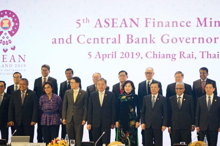 https: img-z.okeinfo.net content 2019 04 05 20 2039692 gubernur-bank-sentral-dan-menkeu-se-asean-tegaskan-komitmen-integrasi-keuangan-KpO8fCSlkT.jpg