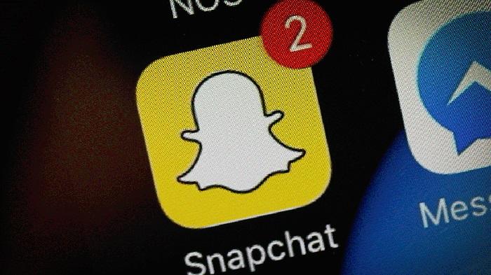 https: img-z.okeinfo.net content 2019 04 05 207 2039416 update-snapchat-hadirkan-snap-game-hingga-peningkatan-kamera-9fx8un5m0v.jpg