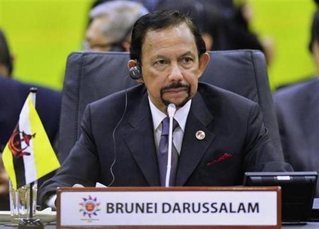 https: img-z.okeinfo.net content 2019 04 07 18 2040151 terapkan-rajam-mati-untuk-lgbt-sultan-brunei-dinilai-tiru-isis-AhpyTjzQ6W.jpg