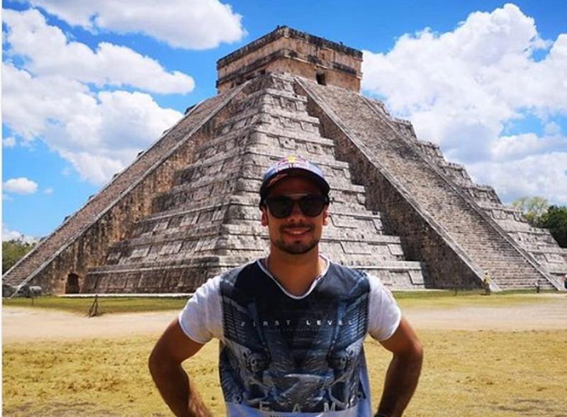 https: img-z.okeinfo.net content 2019 04 08 38 2040707 sebelum-mentas-di-cota-oliveira-sempatkan-berlibur-ke-meksiko-YX7EyCyM5p.jpg