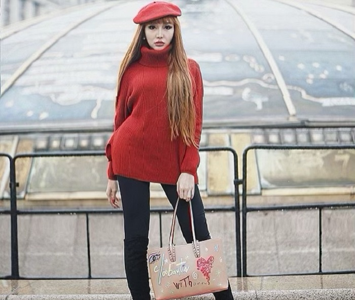https: img-z.okeinfo.net content 2019 04 09 194 2041231 lucinta-luna-liburan-ke-rusia-gayanya-seksi-nan-stylish-Q8CSNkoGqU.jpg