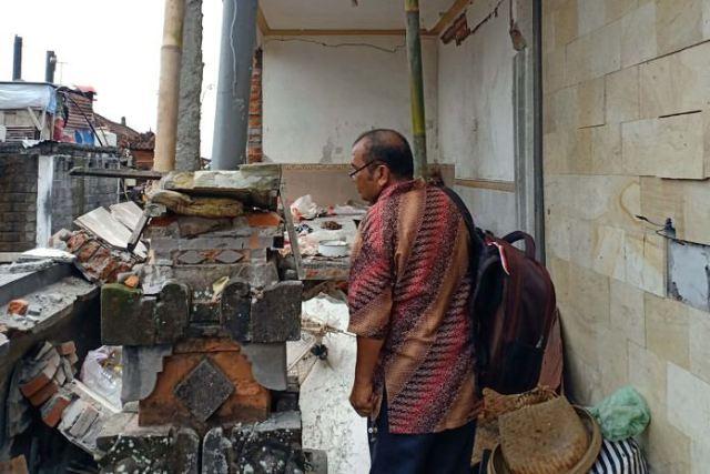 https: img-z.okeinfo.net content 2019 04 09 244 2040887 tabung-gas-meledak-di-bali-seorang-ibu-menderita-luka-bakar-XIwVIAlyty.jpg
