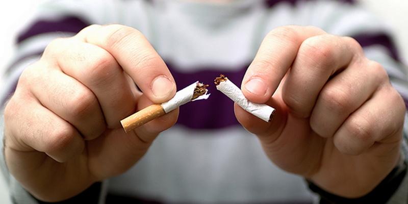 https: img-z.okeinfo.net content 2019 04 09 481 2041259 nikotin-berbahaya-begini-cara-atasi-kecanduan-merokok-vcLJMmoAW6.jpg