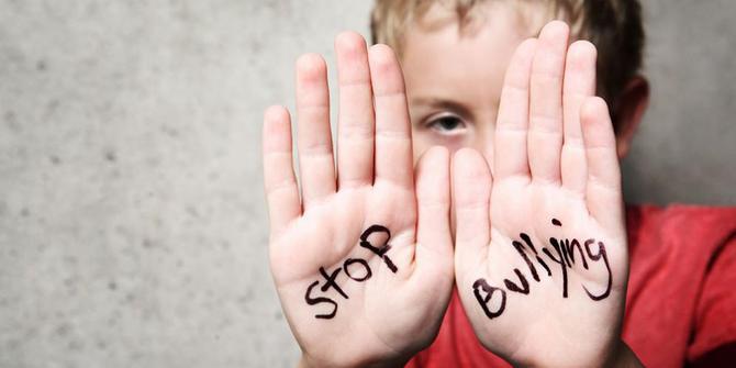 https: img-z.okeinfo.net content 2019 04 10 196 2041683 guru-bk-ini-beberkan-8-penyebab-seseorang-lakukan-bullying-NlPSm7SIEo.jpg