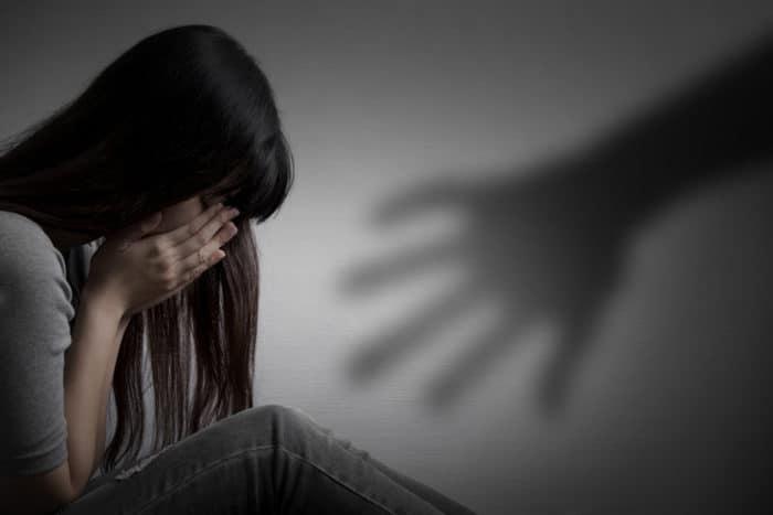 https: img-z.okeinfo.net content 2019 04 10 485 2041493 tagar-justice-for-audrey-trending-ini-5-mitos-sesat-kekerasan-seksual-yang-harus-diluruskan-fJ4liofOWY.jpg