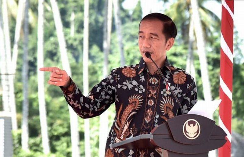 https: img-z.okeinfo.net content 2019 04 10 49 2041773 jokowi-bakal-hadir-di-final-leg-ii-piala-presiden-2019-Fxpffk21ue.jpg