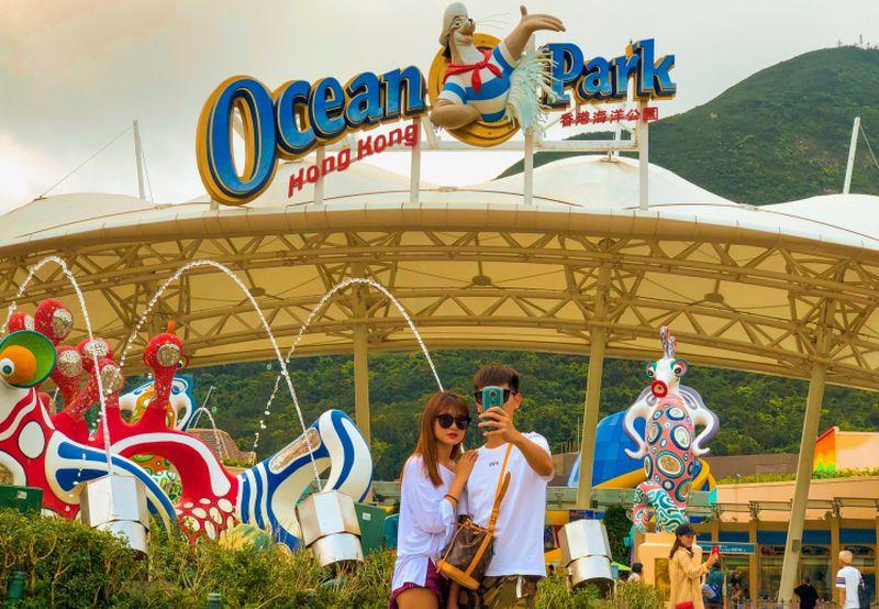 https: img-z.okeinfo.net content 2019 04 14 406 2043420 berpetualang-seru-di-ocean-park-hong-kong-taman-bermain-super-lengkap-ANDU0v53cm.jpg