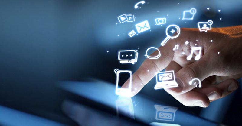 https: img-z.okeinfo.net content 2019 04 15 207 2043698 intip-perkembangan-media-dan-tren-baru-masyarakat-digital-RRH6nplPVc.jpg