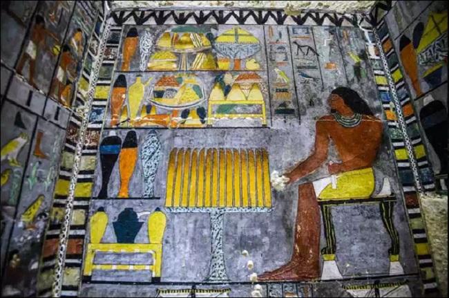 https: img-z.okeinfo.net content 2019 04 15 406 2043769 penemuan-makam-di-mesir-berusia-4-300-tahun-seperti-apa-bentuknya-TzvF6hwWmp.jpg