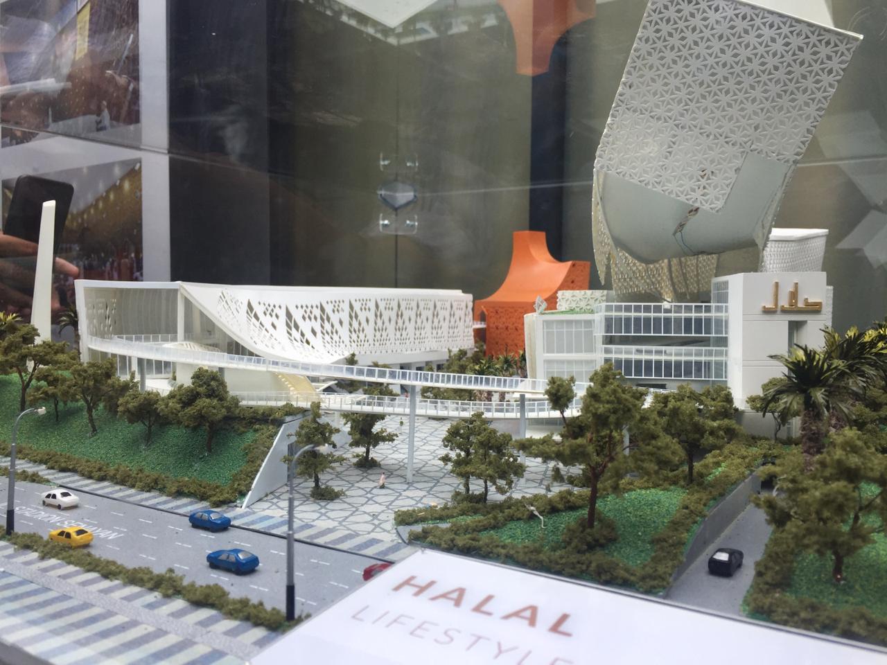 https: img-z.okeinfo.net content 2019 04 16 320 2044153 investasi-halal-park-capai-rp200-miliar-6d2befaKEE.jpg
