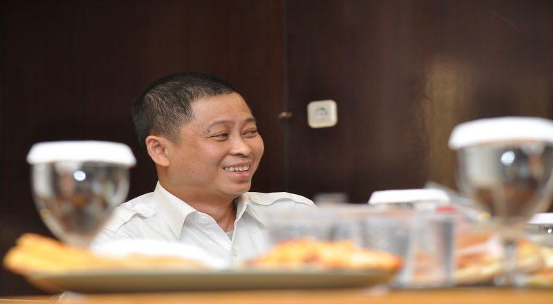 https: img-z.okeinfo.net content 2019 04 17 320 2044687 harapan-menteri-jonan-jika-jokowi-kembali-jadi-presiden-iEDfx0GrpR.jpg