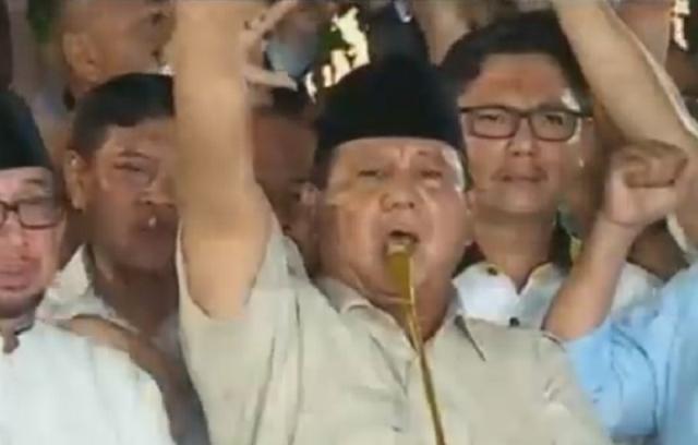 https: img-z.okeinfo.net content 2019 04 17 605 2044925 klaim-unggul-62-prabowo-ini-kemenangan-bagi-rakyat-indonesia-ihtPkgjIo5.jpg