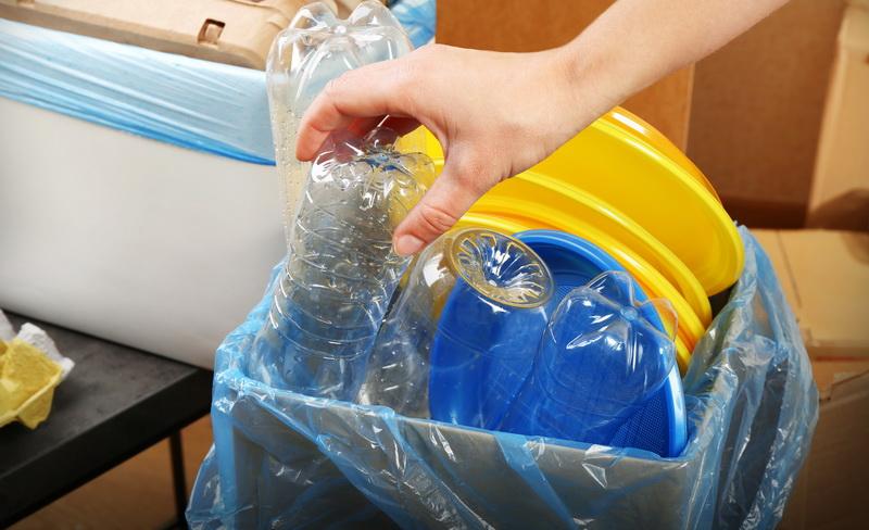 https: img-z.okeinfo.net content 2019 04 18 320 2045184 lebih-ramah-lingkungan-yuk-beralih-ke-gaya-hidup-zero-waste-UHjQJOvDVC.jpg