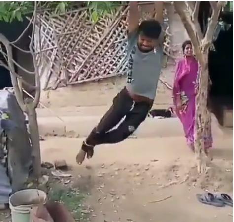 https: img-z.okeinfo.net content 2019 04 18 612 2045002 ngambek-wanita-ini-gantung-suaminya-di-atas-pohon-ZoDmGH5QZC.png