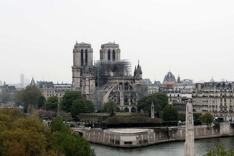 https: img-z.okeinfo.net content 2019 04 19 18 2045575 kebakaran-katedral-notre-dame-diyakini-disebabkan-oleh-korsleting-BlsUTeWjRK.jpg