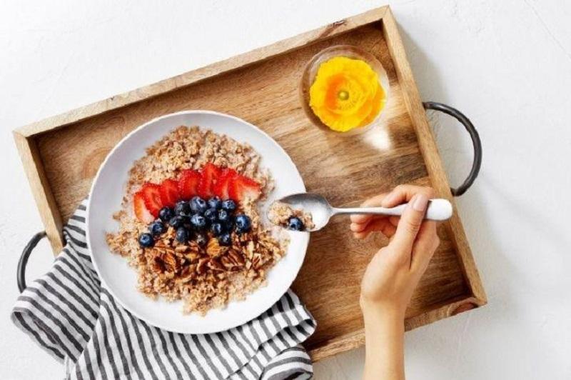 https: img-z.okeinfo.net content 2019 04 24 481 2047459 ternyata-ini-manfaat-sarapan-sebelum-olahraga-gBogzBTjD4.jpg