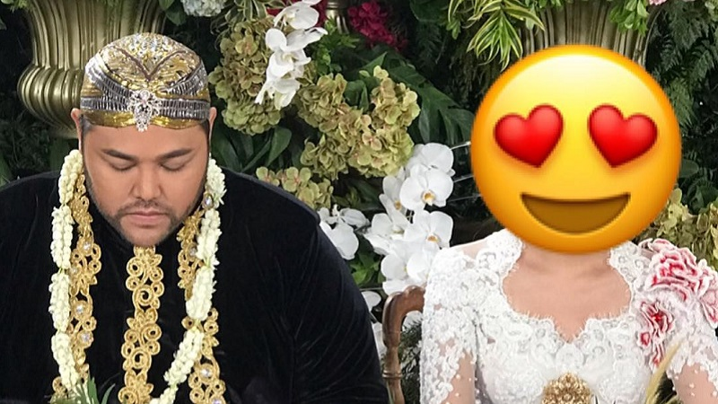 https: img-z.okeinfo.net content 2019 04 26 33 2048411 unggah-foto-di-pelaminan-ivan-gunawan-sudah-menikah-GC5y5IB0bZ.jpg