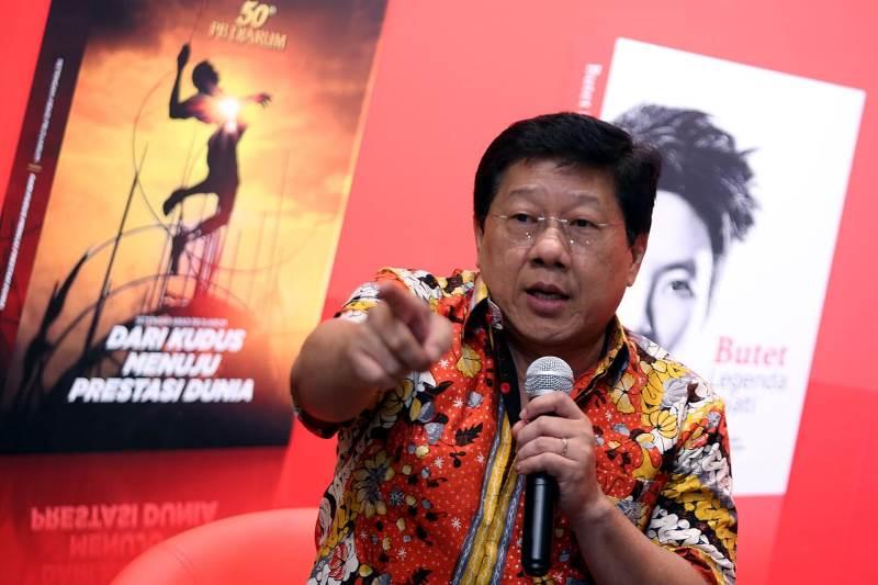 https: img-z.okeinfo.net content 2019 04 28 40 2049132 rayakan-hut-ke-50-pb-djarum-beberkan-targetnya-untuk-bulu-tangkis-indonesia-DNFHKPhDO0.jfif