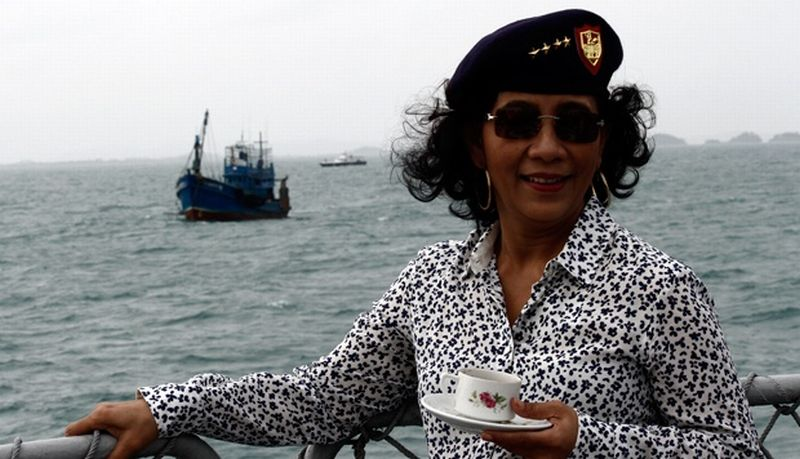 https: img-z.okeinfo.net content 2019 04 30 320 2049829 kapal-asing-ditenggelamkan-menteri-susi-sekarang-mancing-sebentar-dapat-kakap-merah-yOwrGoJETw.jpg