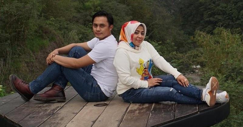 https: img-z.okeinfo.net content 2019 04 30 33 2049944 baru-menikah-anak-muzdalifah-langsung-akrab-dengan-fadel-islami-8txPfYSfCN.jpg