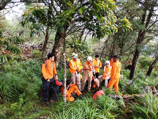 https: img-z.okeinfo.net content 2019 04 30 340 2050062 liburan-pasca-ujian-nasional-pelajar-hilang-di-gunung-bawakaraeng-AHOQynF4Or.jpg