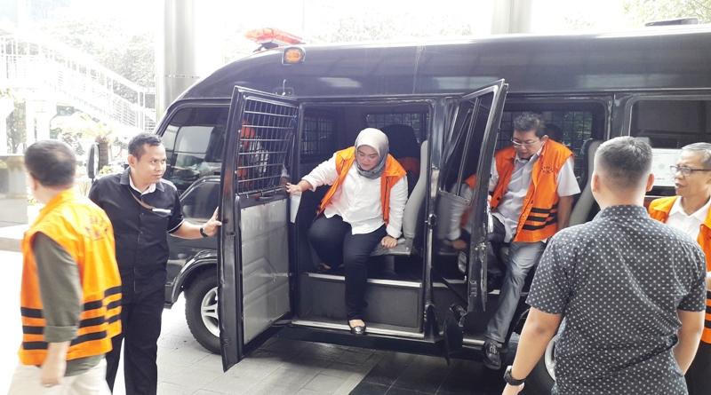 https: img-z.okeinfo.net content 2019 05 08 525 2053107 tuntutan-7-5-tahun-penjara-untuk-neneng-hasanah-dinilai-terlalu-berat-Q3Mv6BzMGp.jpg
