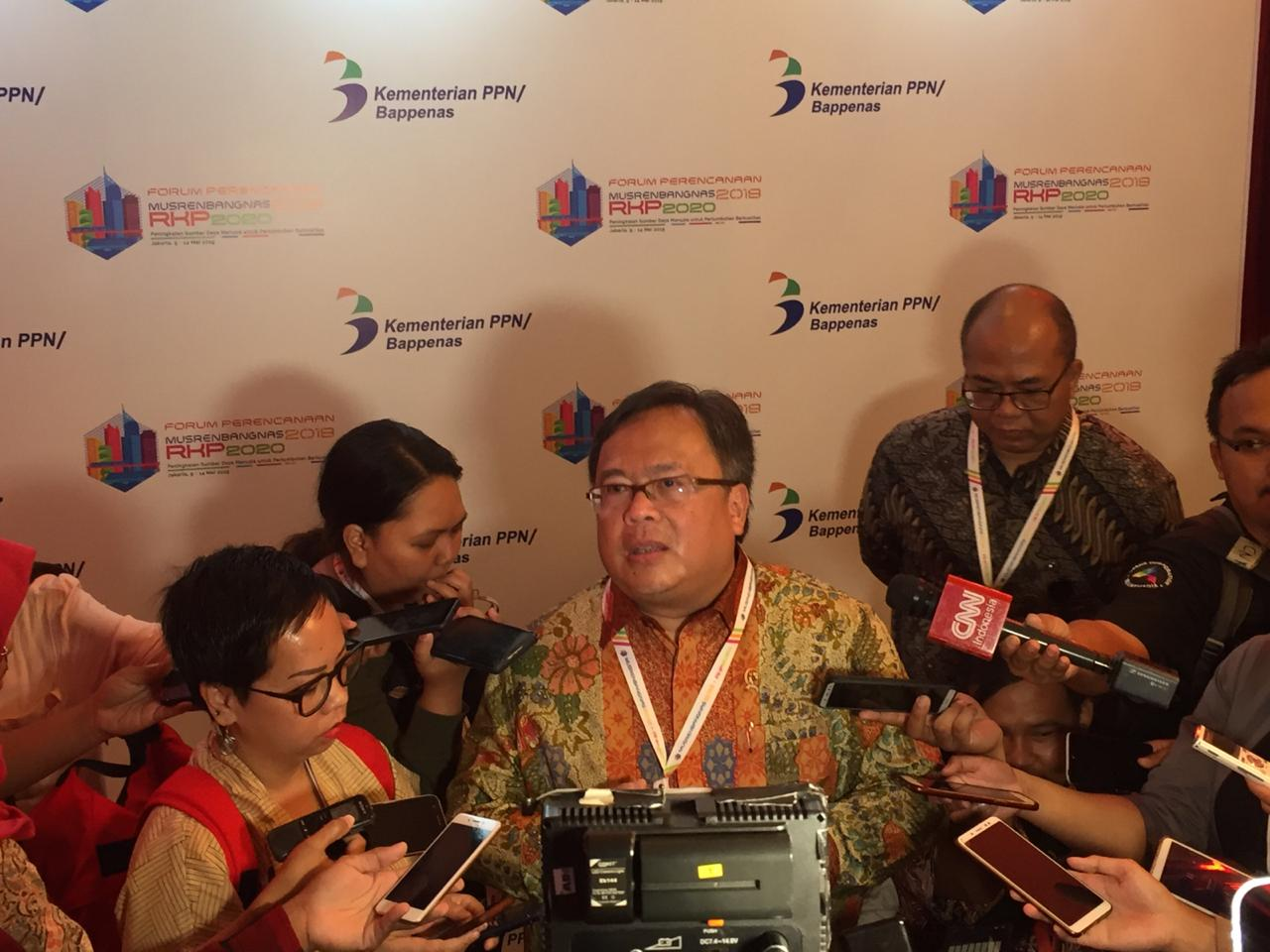 https: img-z.okeinfo.net content 2019 05 09 20 2053485 4-syarat-agar-ekonomi-indonesia-terbesar-nomor-5-di-dunia-m6RboFNhrT.jpeg