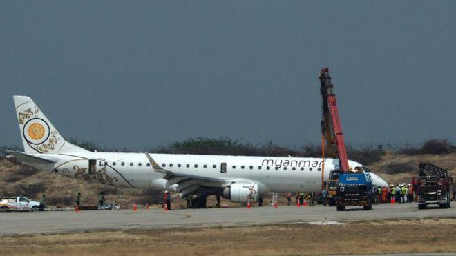 https: img-z.okeinfo.net content 2019 05 13 18 2054874 pilot-di-myanmar-berhasil-daratkan-pesawat-walaupun-tanpa-roda-depan-YFVZj0Tuhc.jpg