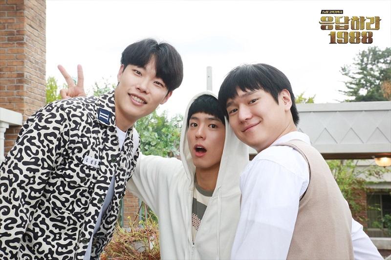 https: img-z.okeinfo.net content 2019 05 15 598 2056146 sukses-besar-di-korea-china-akan-remake-drama-reply-1988-N38AdhZGj4.jpg