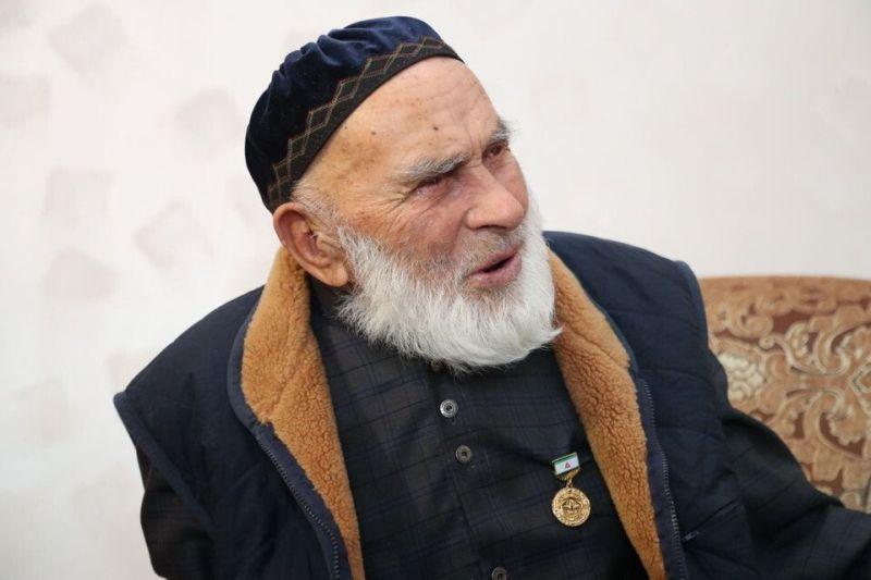 https: img-z.okeinfo.net content 2019 05 15 612 2055948 pria-tertua-di-dunia-meninggal-umurnya-capai-123-tahun-f7jBU91oyj.jpg