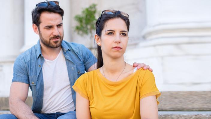 https: img-z.okeinfo.net content 2019 05 15 614 2056222 bolehkah-istri-menolak-ajakan-hubungan-intim-dari-suami-karena-capek-QTZHRWOhjD.jpg