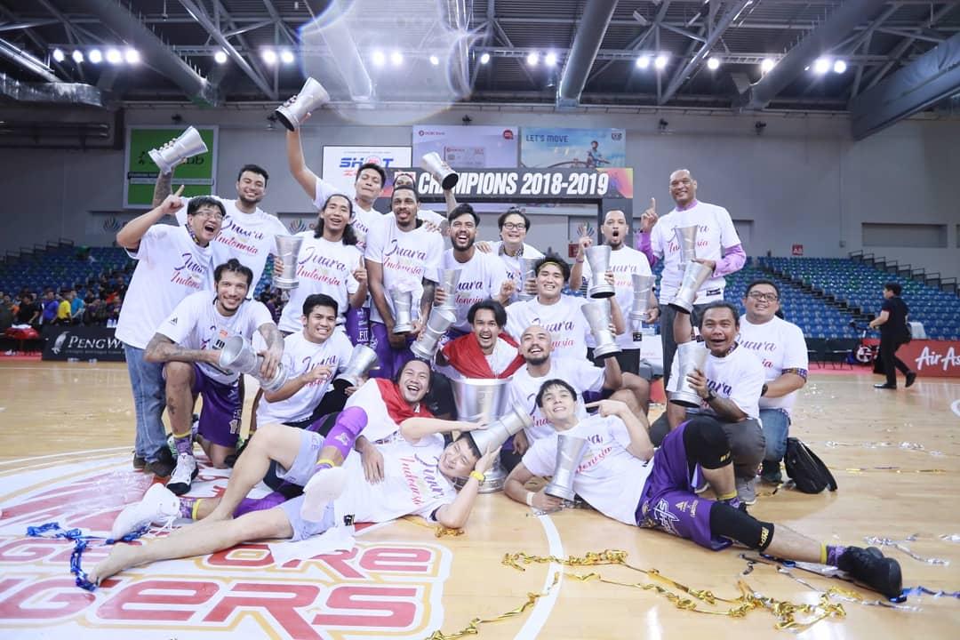 https: img-z.okeinfo.net content 2019 05 16 36 2056287 cls-knights-indonesia-juara-asean-basketball-league-2018-2019-YC46ozPejx.jpeg